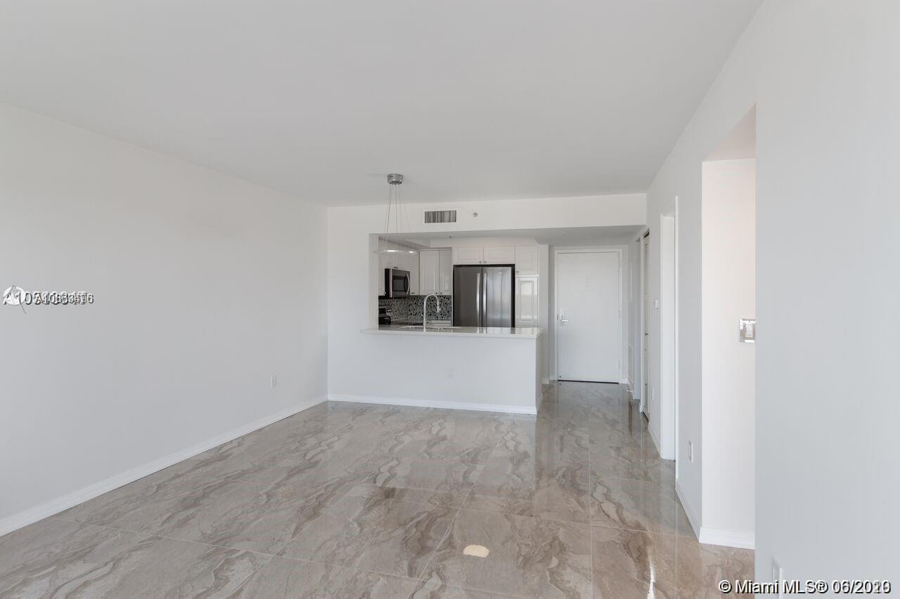 1800 Sunset Harbour Dr #1209 photo02