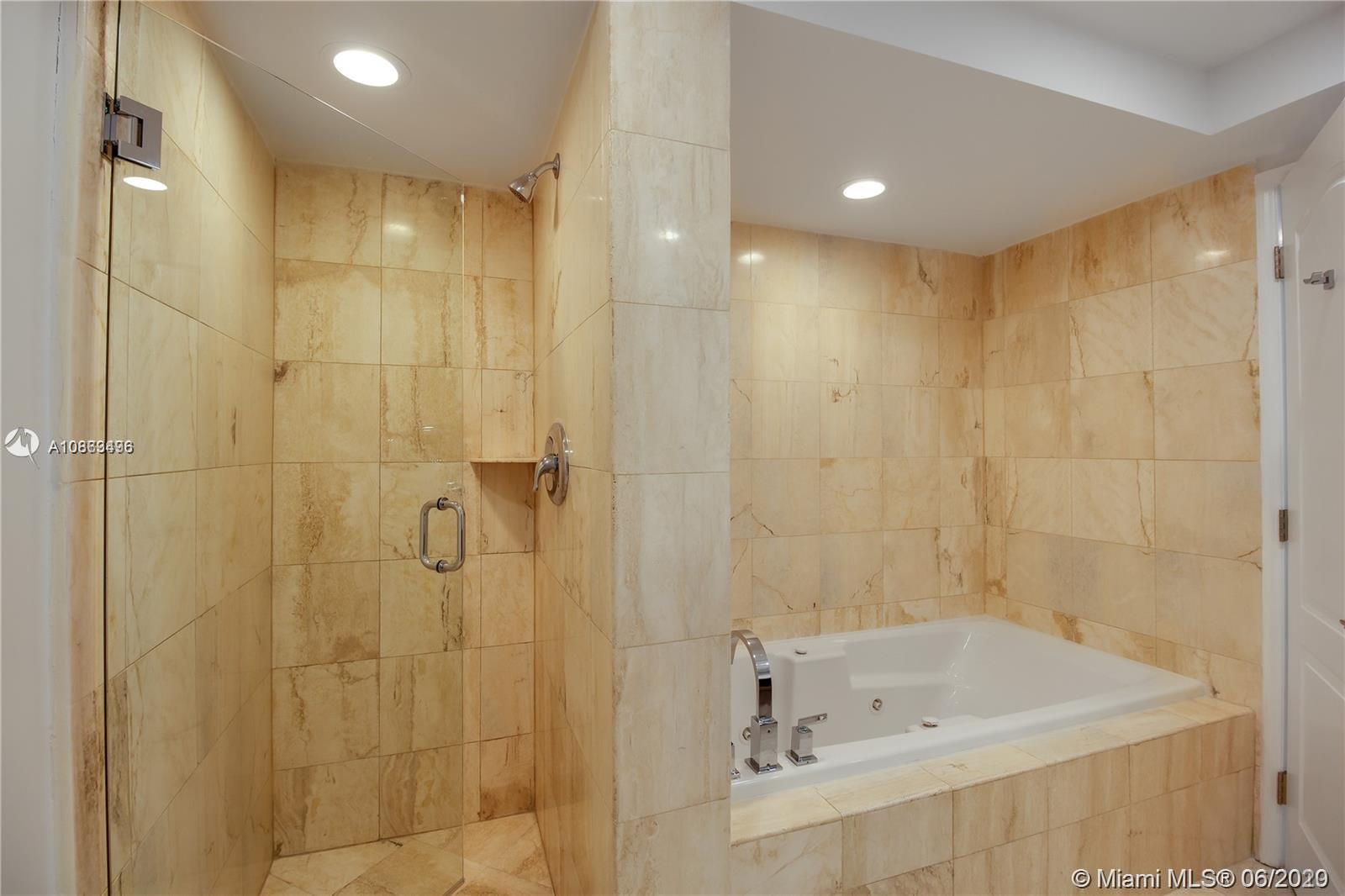 1800 Sunset Harbour Dr #1209 photo016