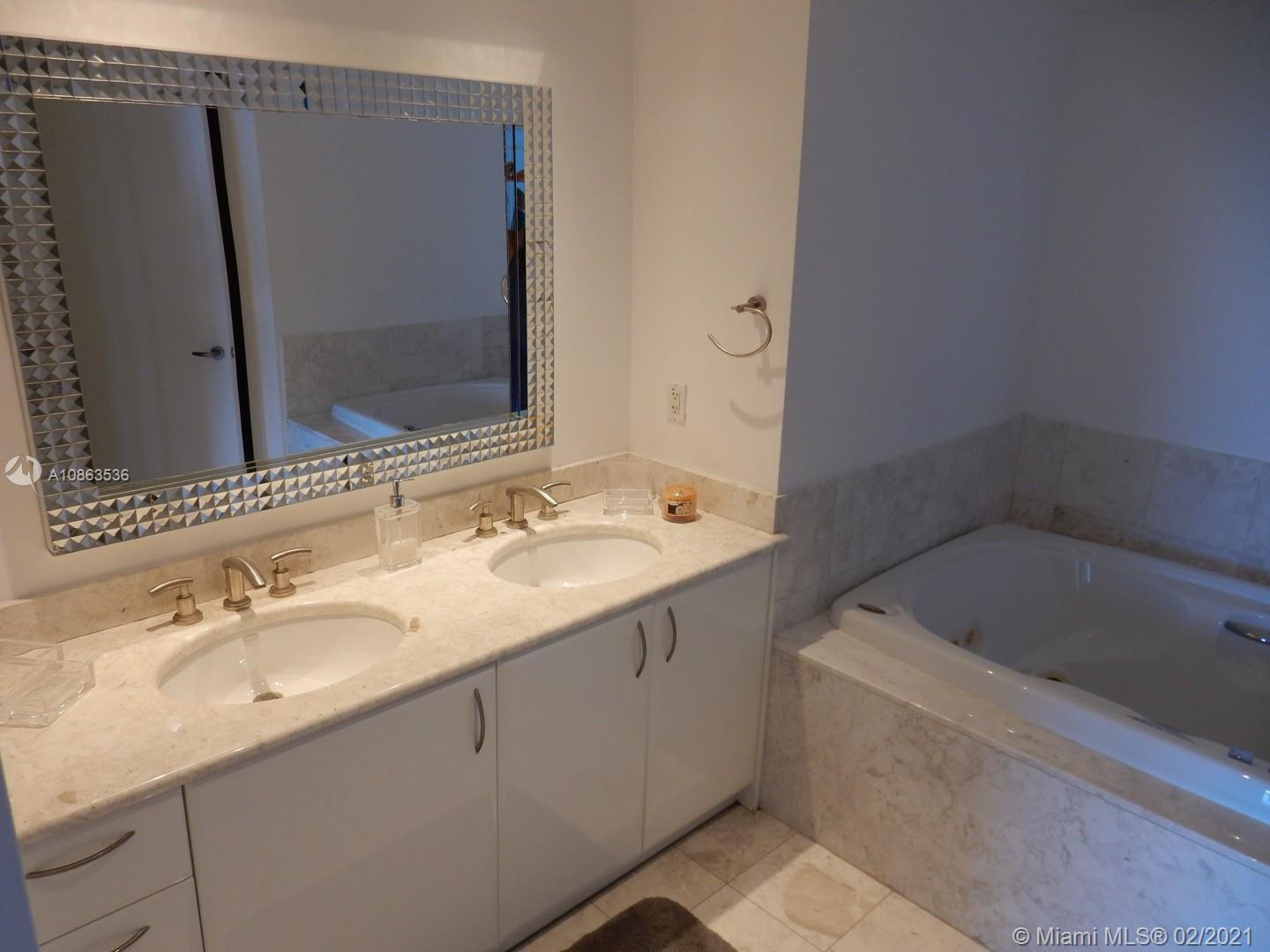 1331 Brickell Bay Dr #2609 photo07