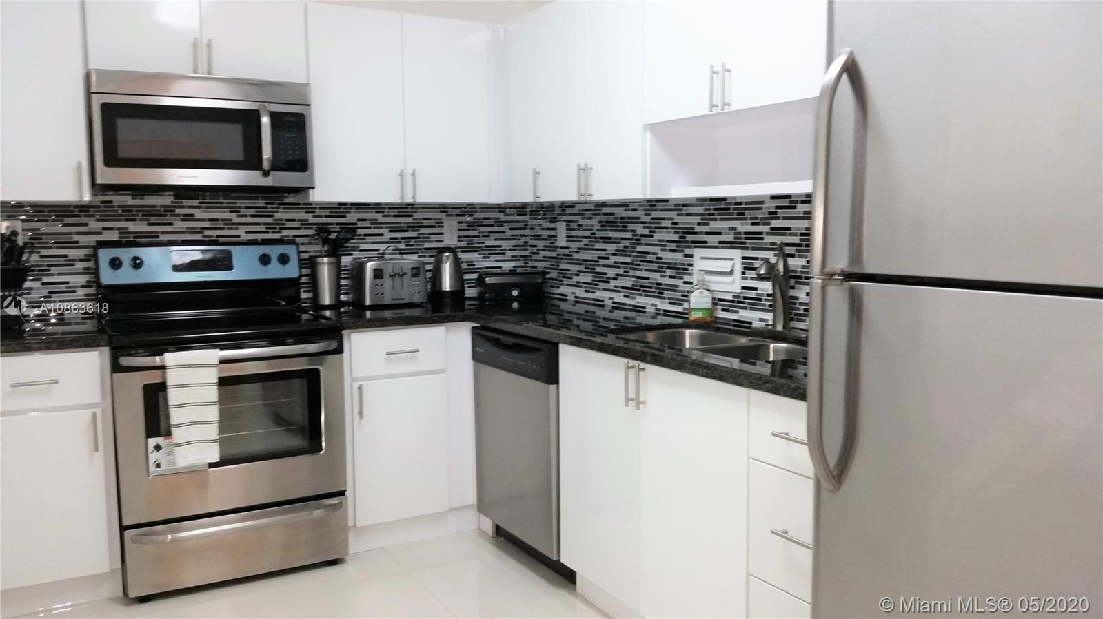 10185 Collins Ave #1509 photo08