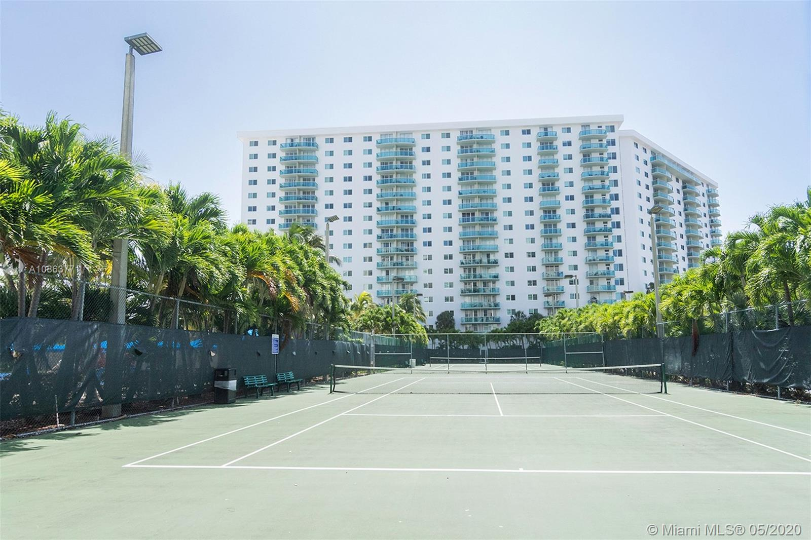 19380 Collins Ave #1125 photo020