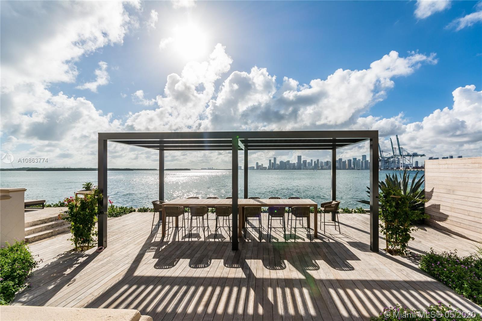 Photo of 5234 Fisher Island Dr #5234 listing for Sale