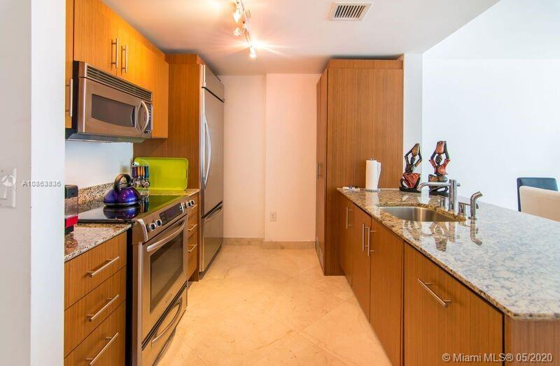 10275 Collins Ave #314 photo017