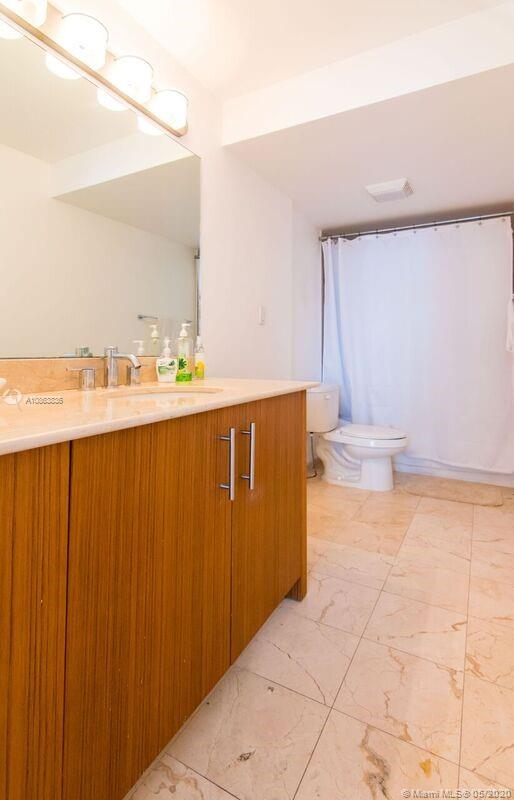 10275 Collins Ave #314 photo014