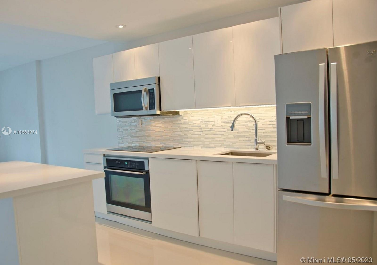 Photo of 2301 Collins Ave #912 listing for Sale