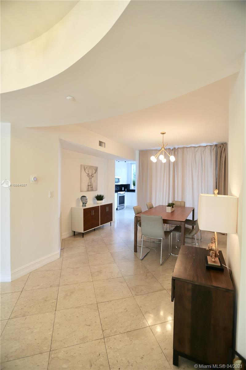 19111 Collins avenue #107 photo05
