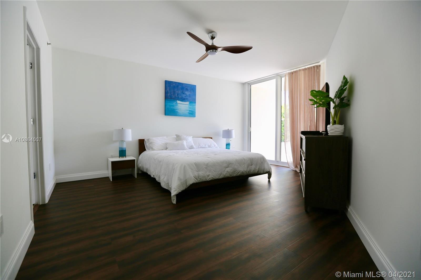 19111 Collins avenue #107 photo015