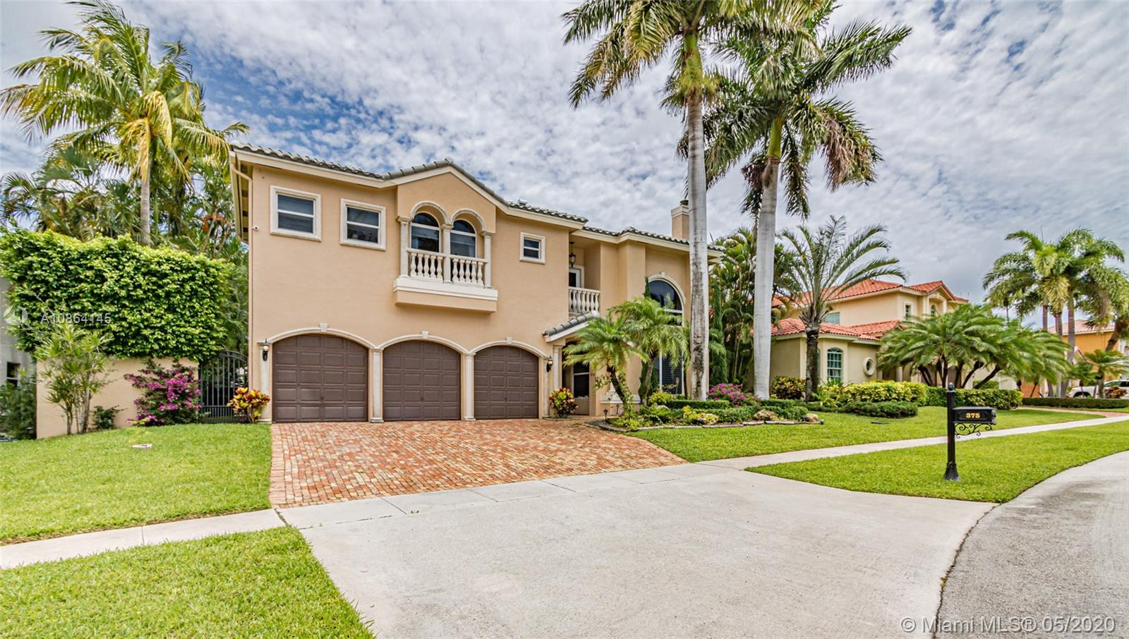 image #1 of property, Royal Palm Forest