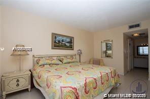 300 Bayview Dr #1414 photo04