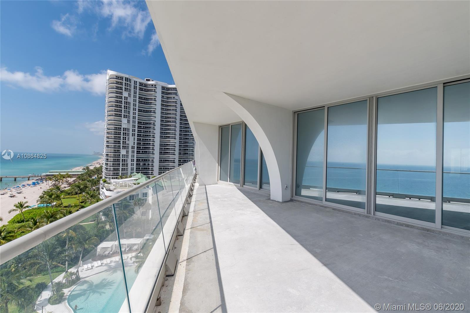 16901 Collins Ave #905 photo014