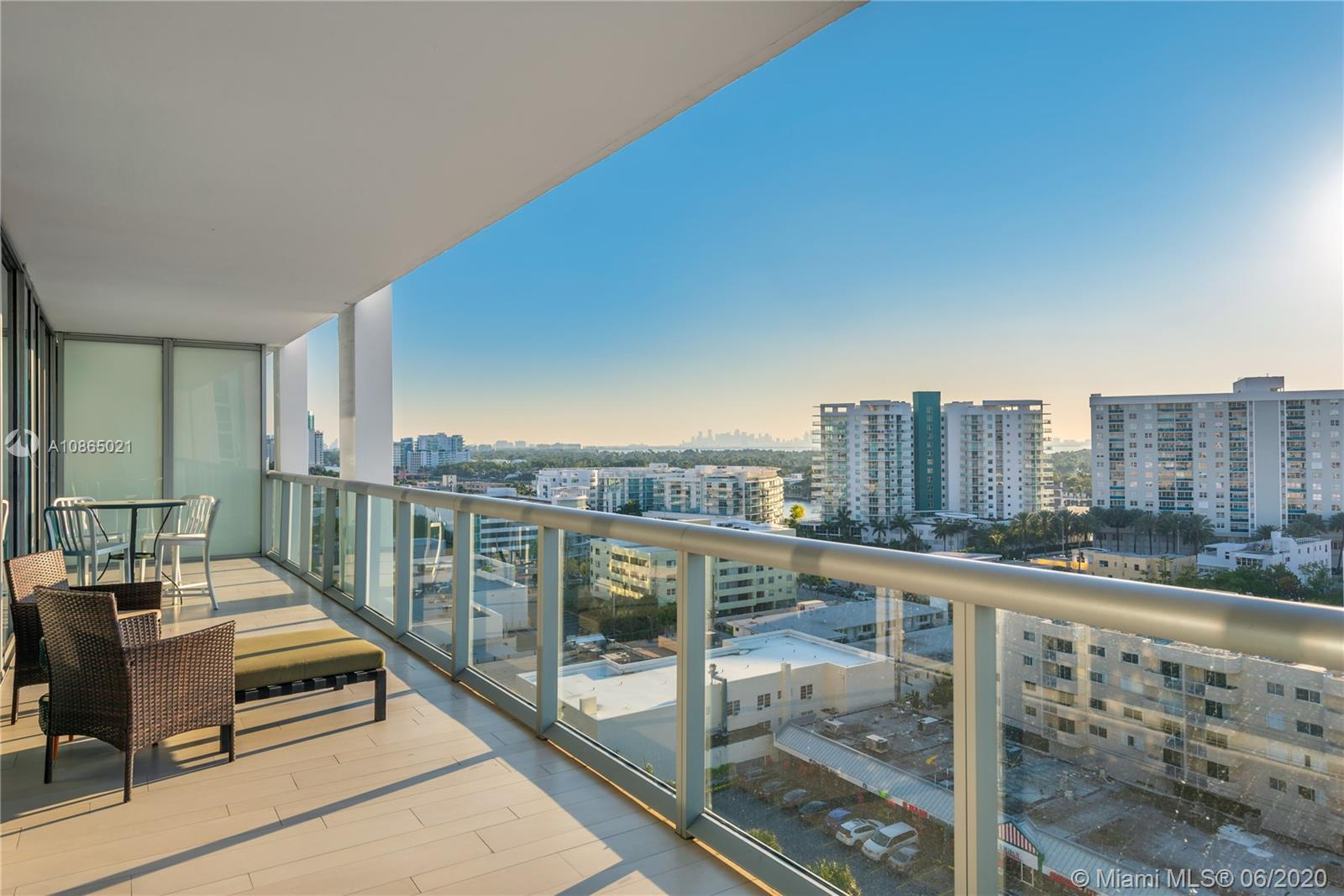 6799 Collins Ave #1006 photo017