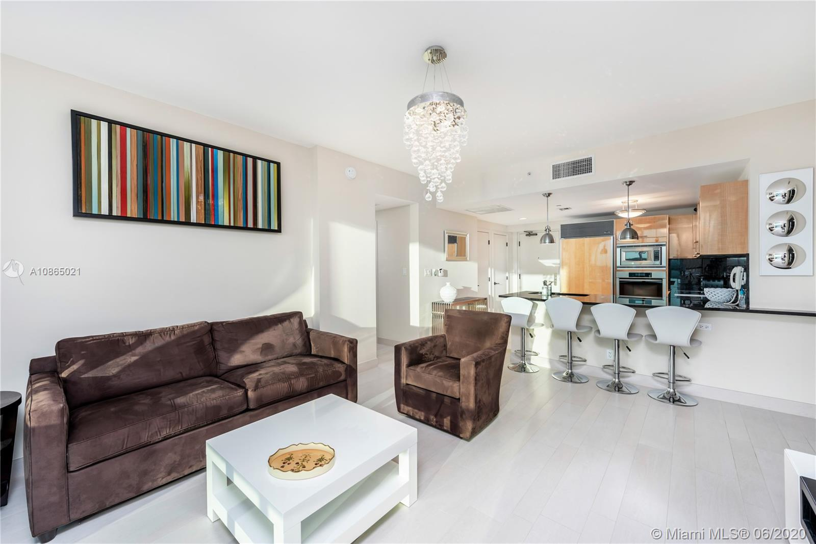 6799 Collins Ave #1006 photo07
