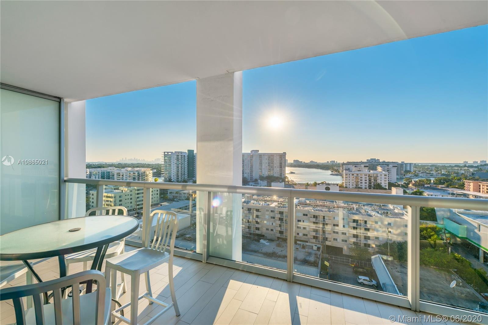 6799 Collins Ave #1006 photo019