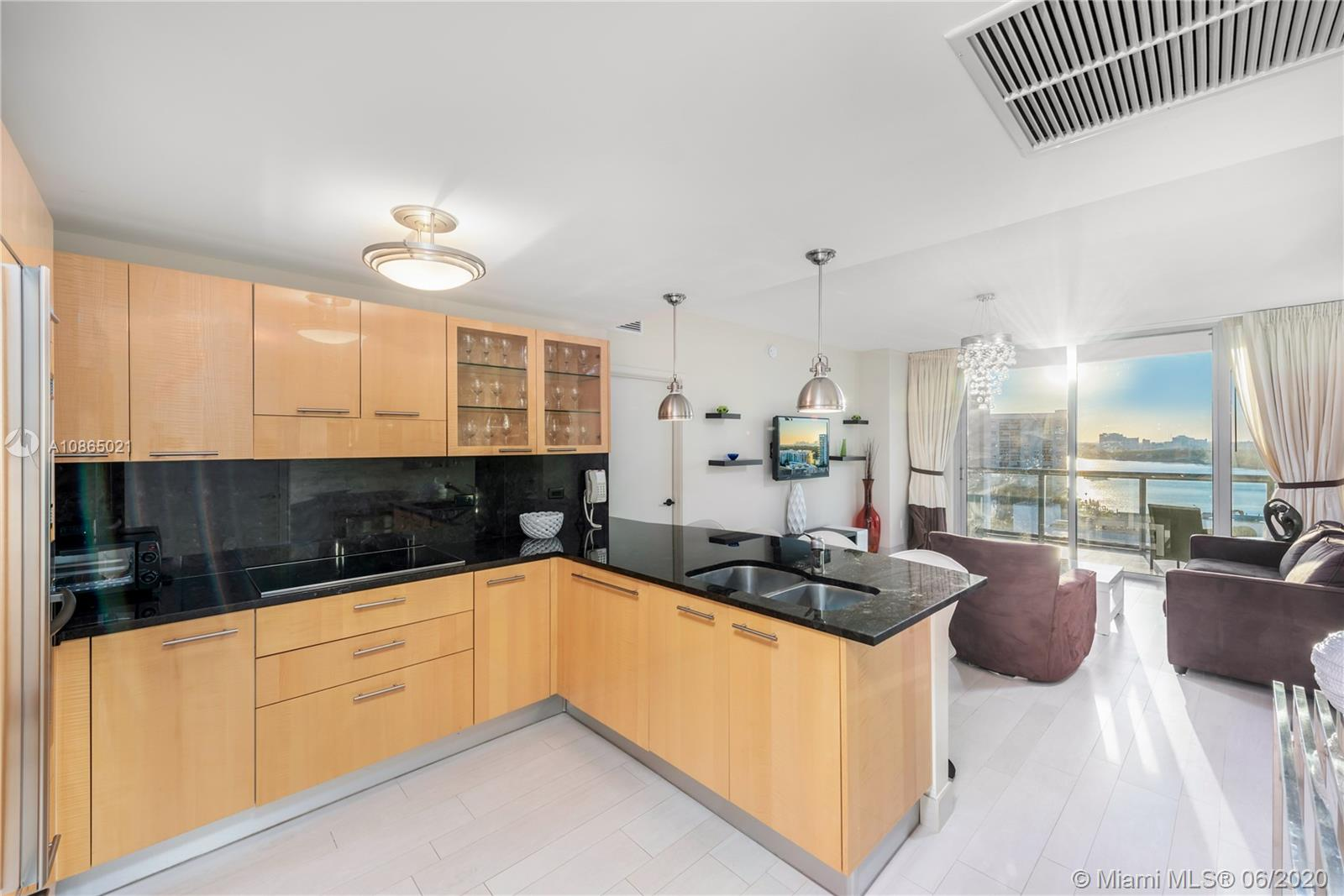 6799 Collins Ave #1006 photo04
