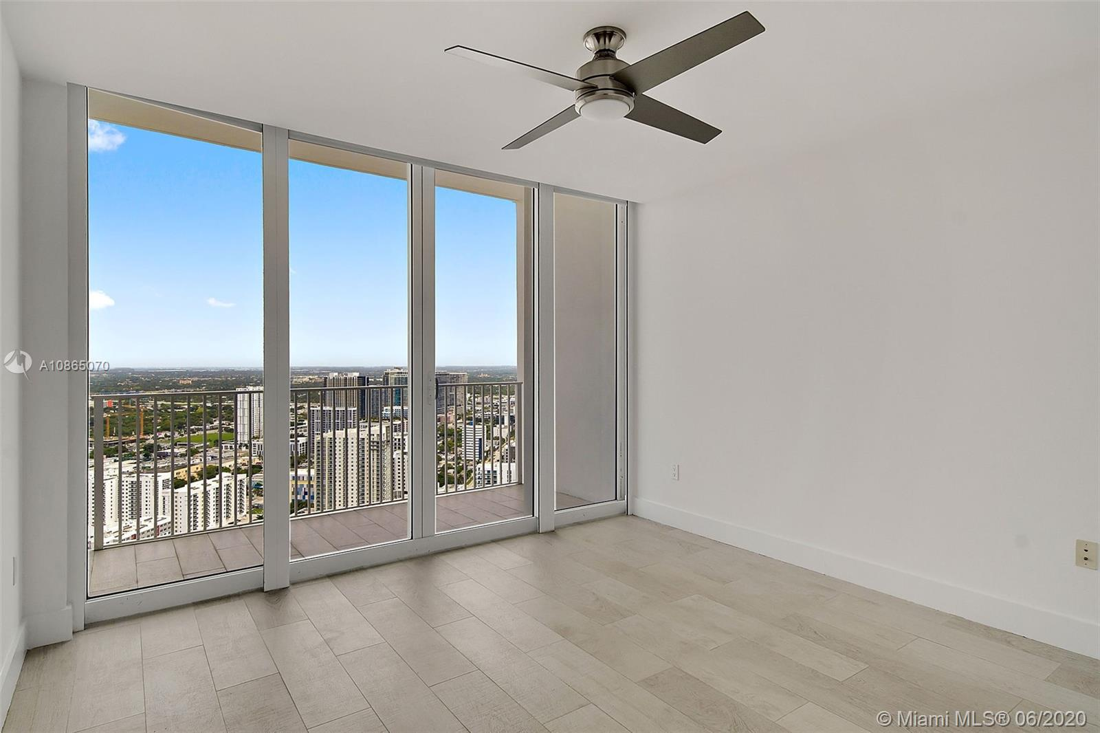 Photo of 2020 N Bayshore Dr #4103 listing for Sale