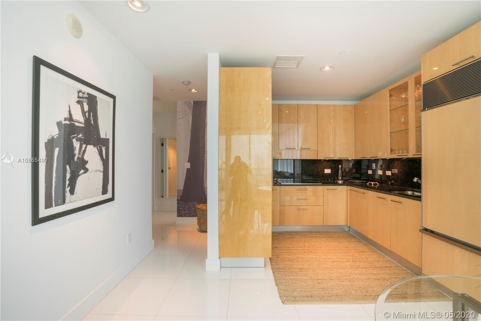 6799 Collins Ave #411 photo09