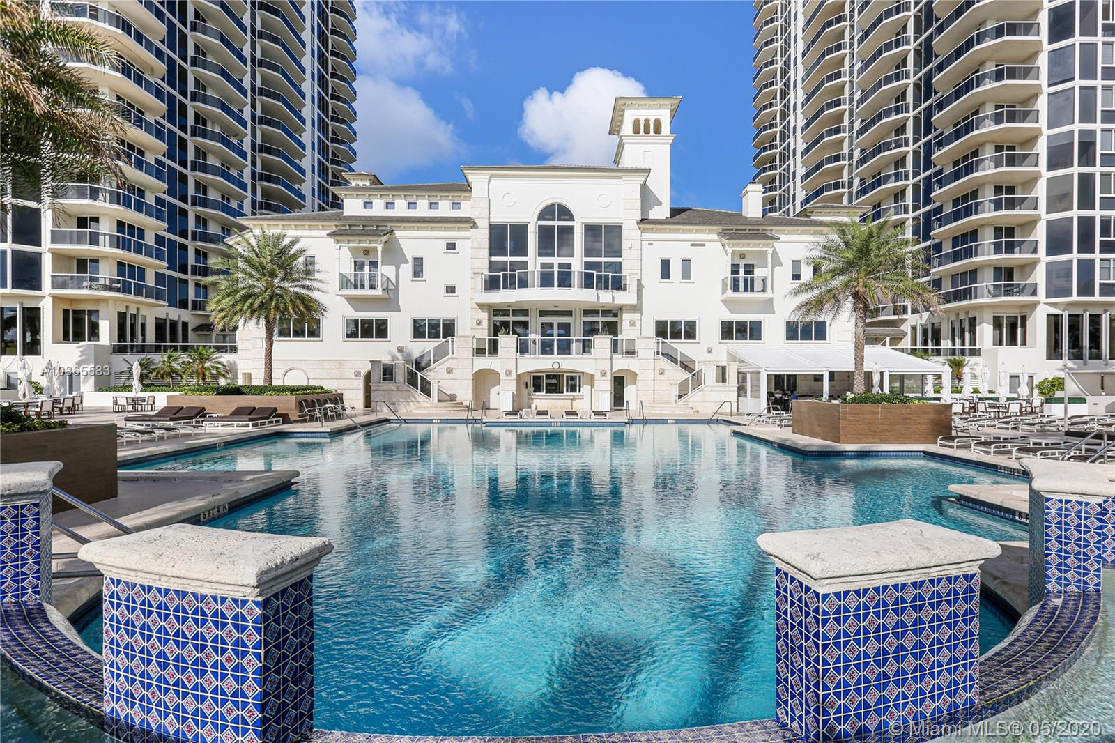 Photo of 4779 Collins Ave #3306 listing for Sale