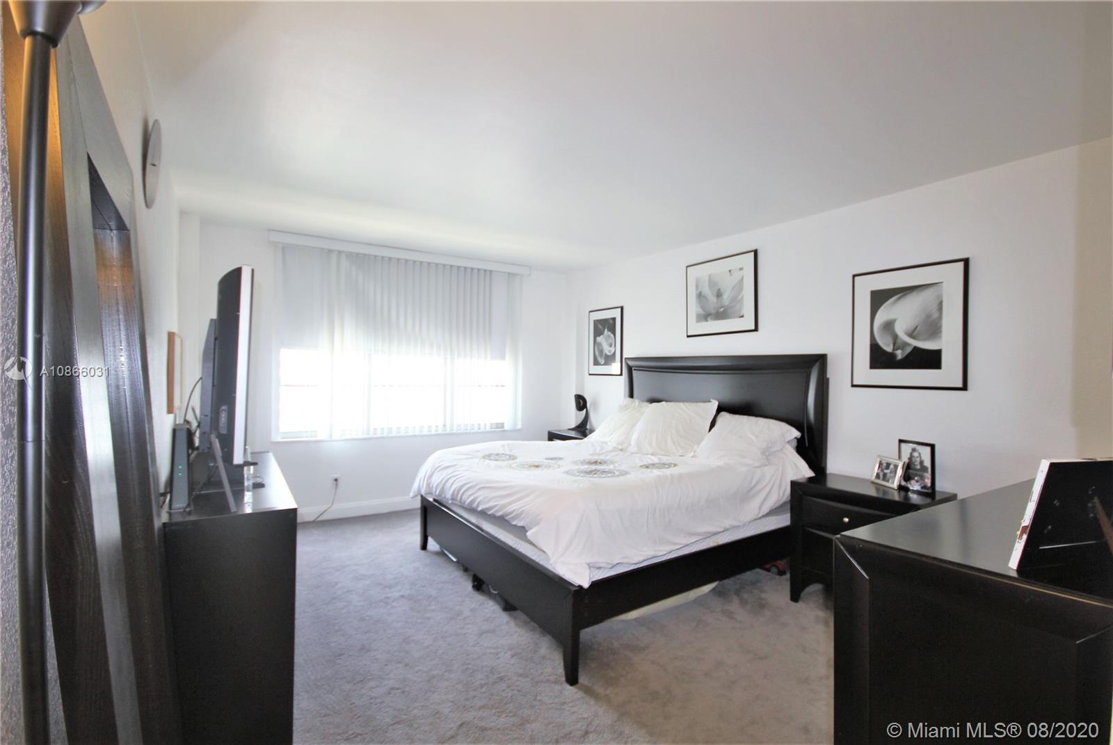 5600 Collins Ave #11C photo06