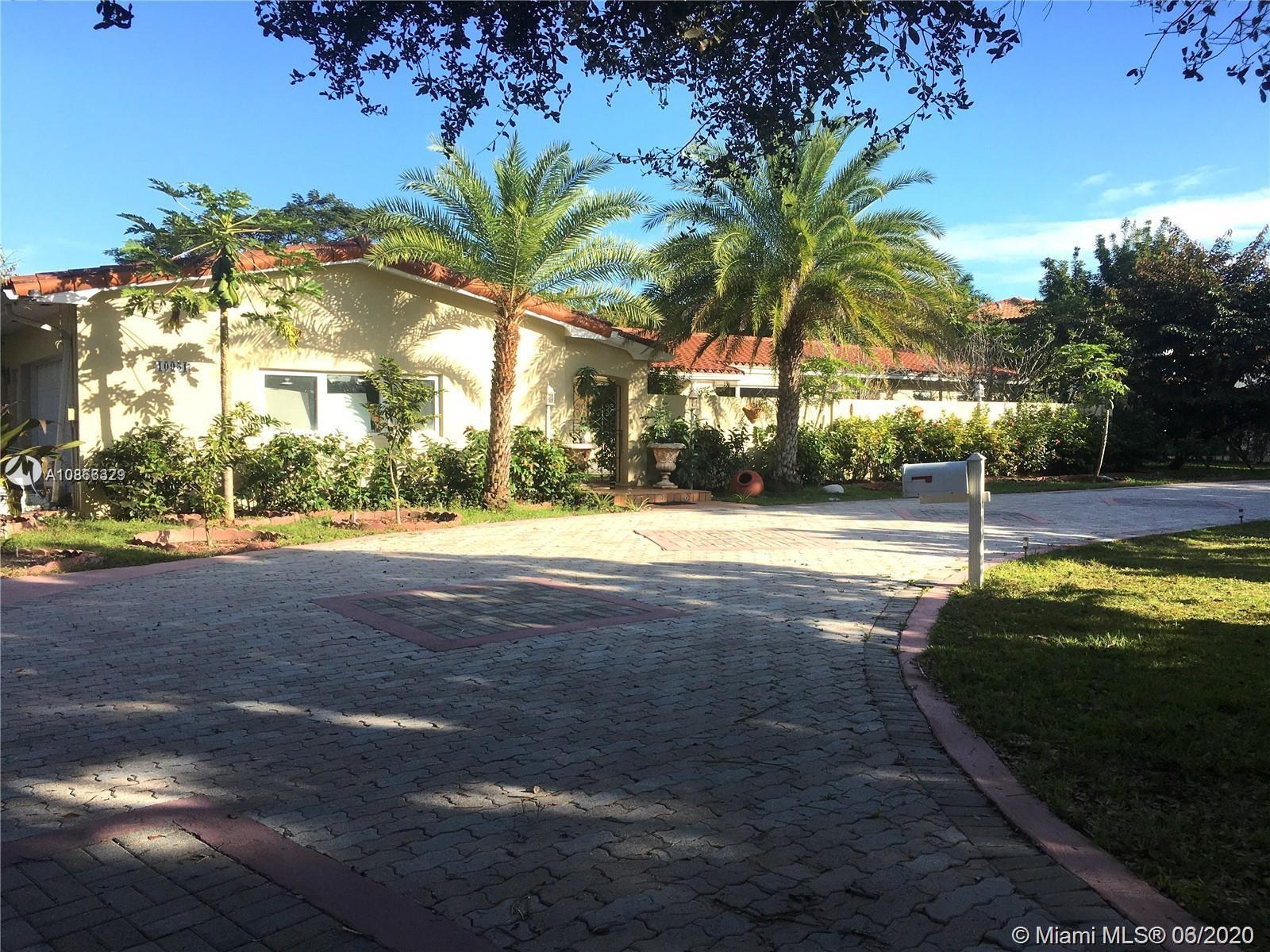 10951 SW 60 Ave, Pinecrest, Florida 33156, 6 Bedrooms Bedrooms, ,5 BathroomsBathrooms,Residential,For Sale,10951 SW 60 Ave,A10866329