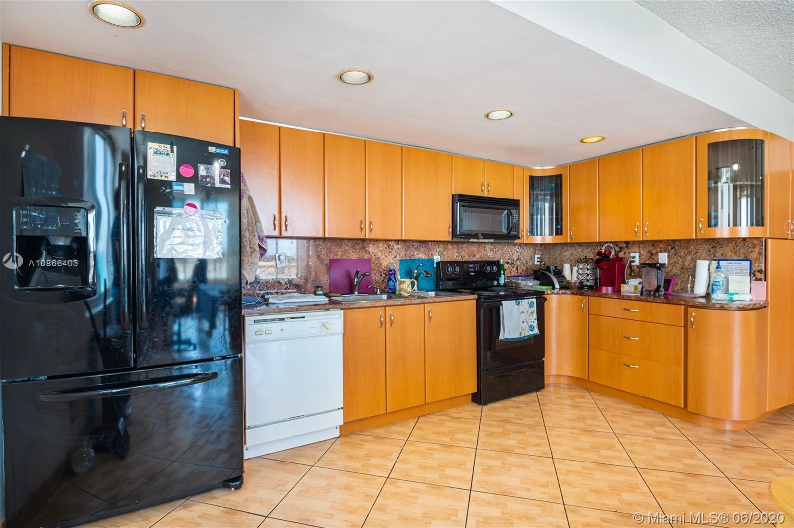 5401 Collins Ave #534 photo02
