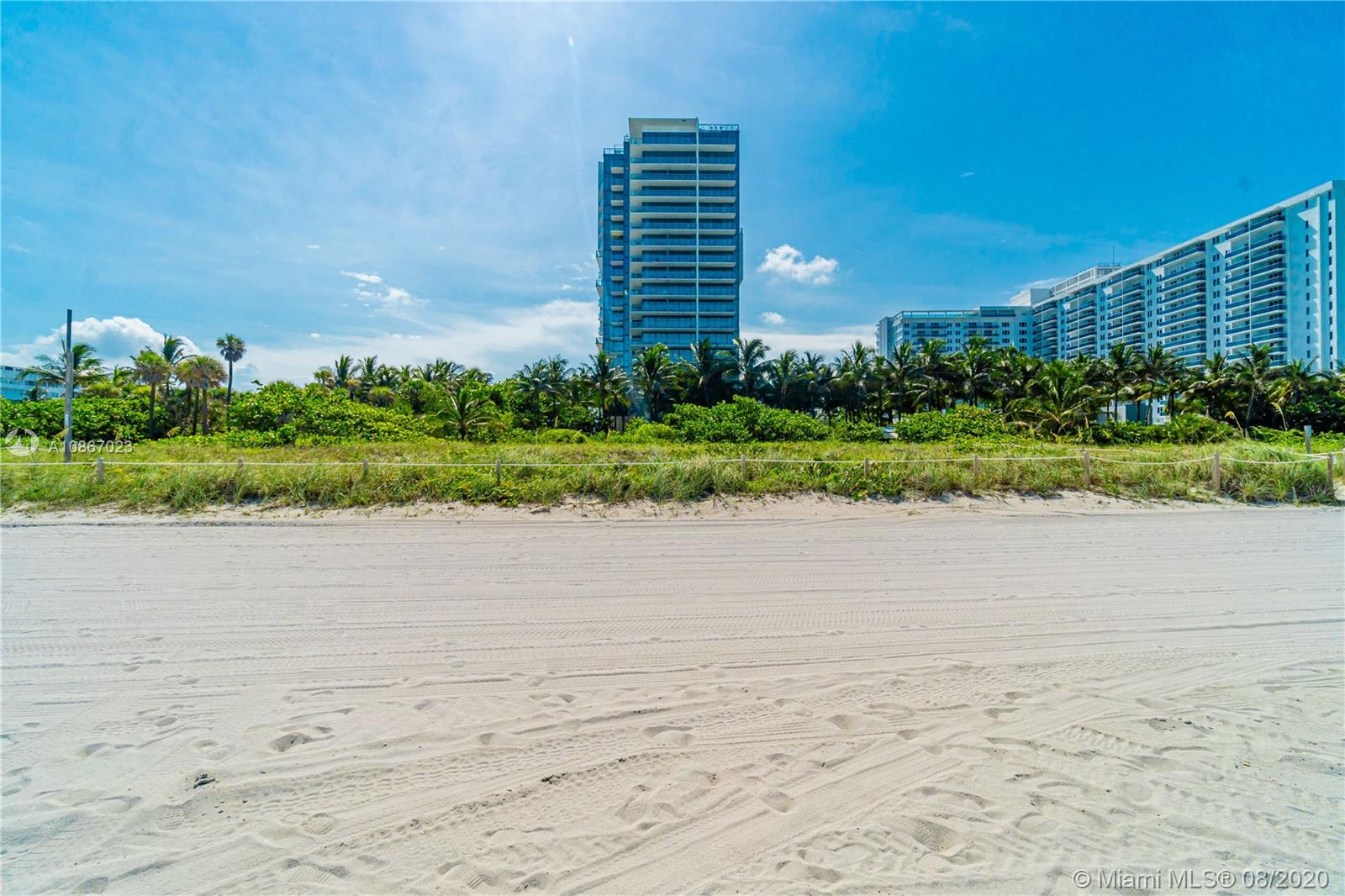 2201 Collins Ave #1211 photo036