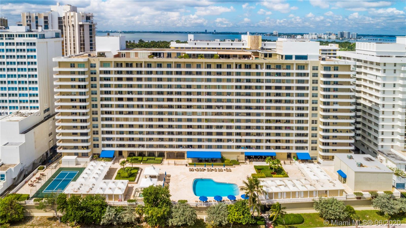 Oceanside Plaza #14W - 5555 Collins Ave #14W, Miami Beach, FL 33140