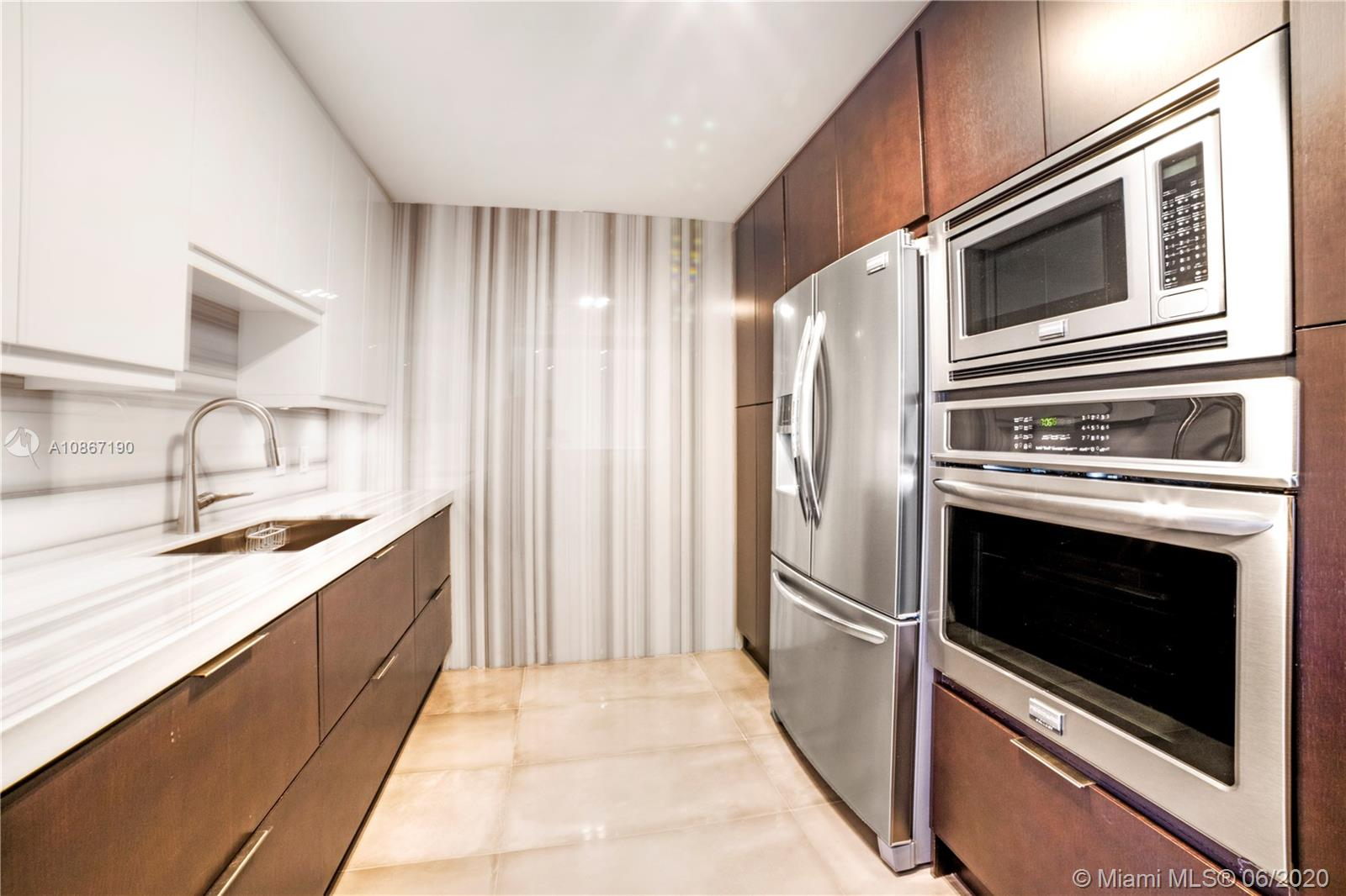 5555 Collins Ave #14W photo08