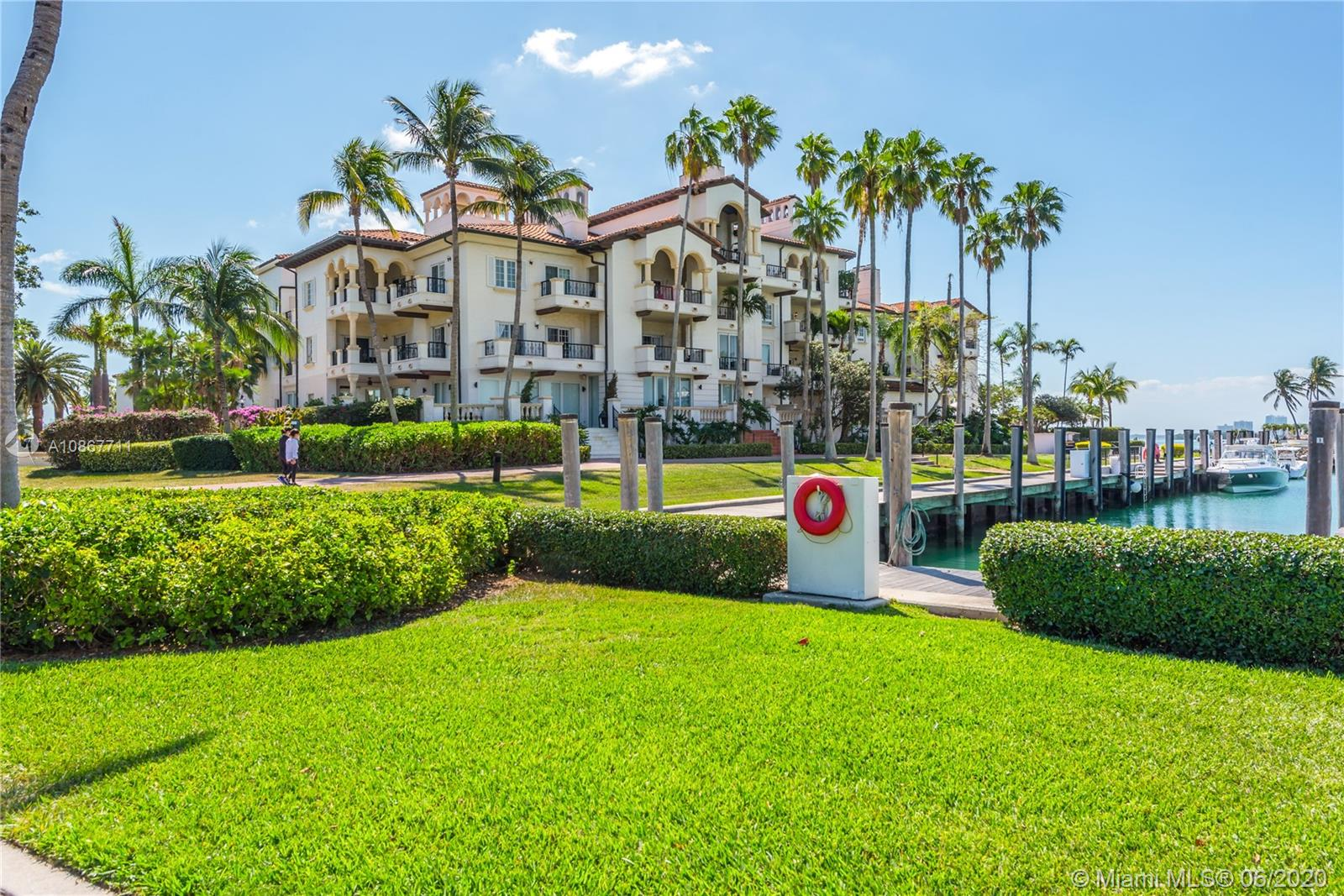 Photo of 2532 Fisher Island Dr #6302 listing for Sale