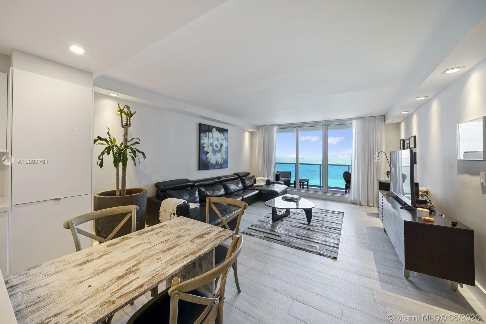 Roney Palace #1523-24 - 2301 Collins Ave #1523-24, Miami Beach, FL 33139