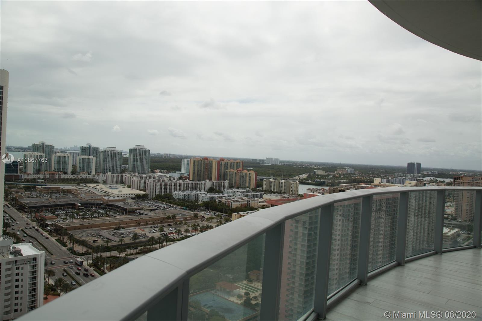 17475 Collins Ave #2203 photo014
