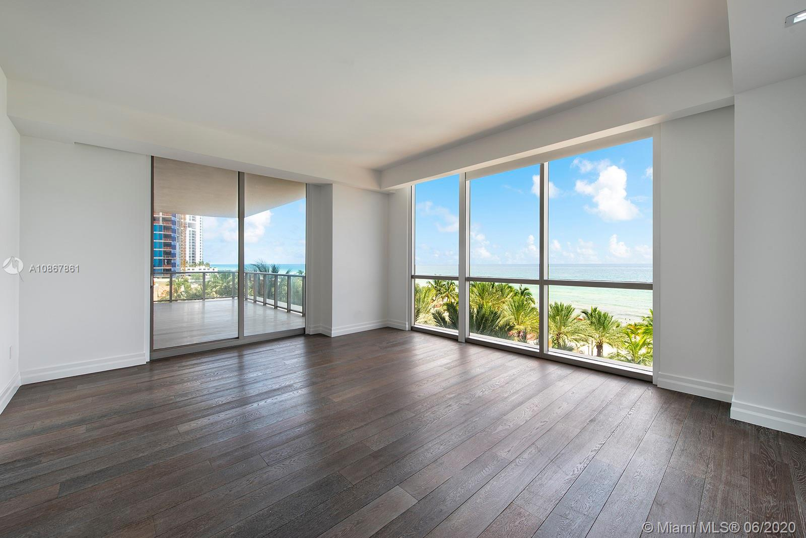 17749 Collins Ave #401 photo013