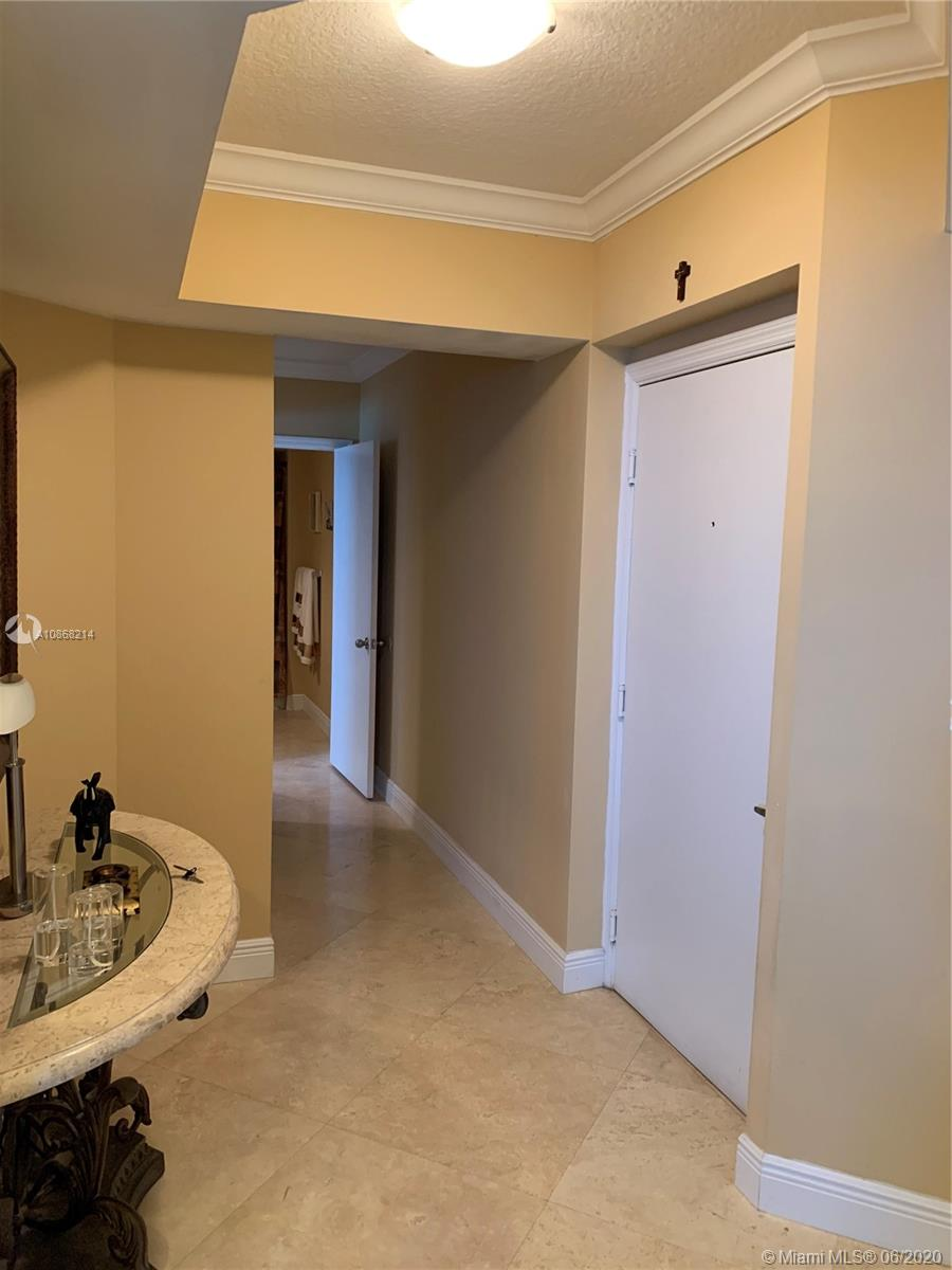 9201 Collins Ave #725 photo015