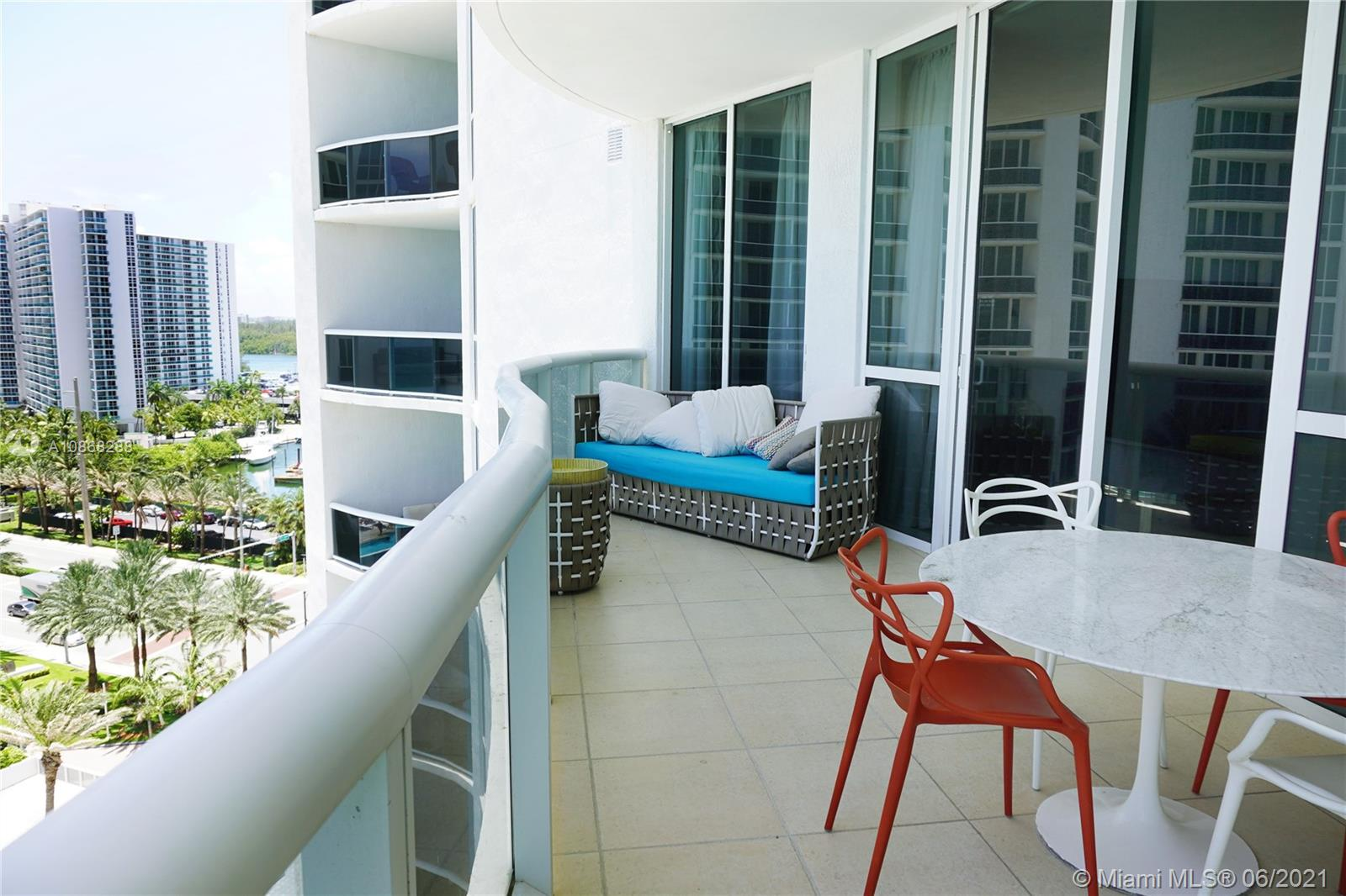 16001 Collins Ave #907 photo023