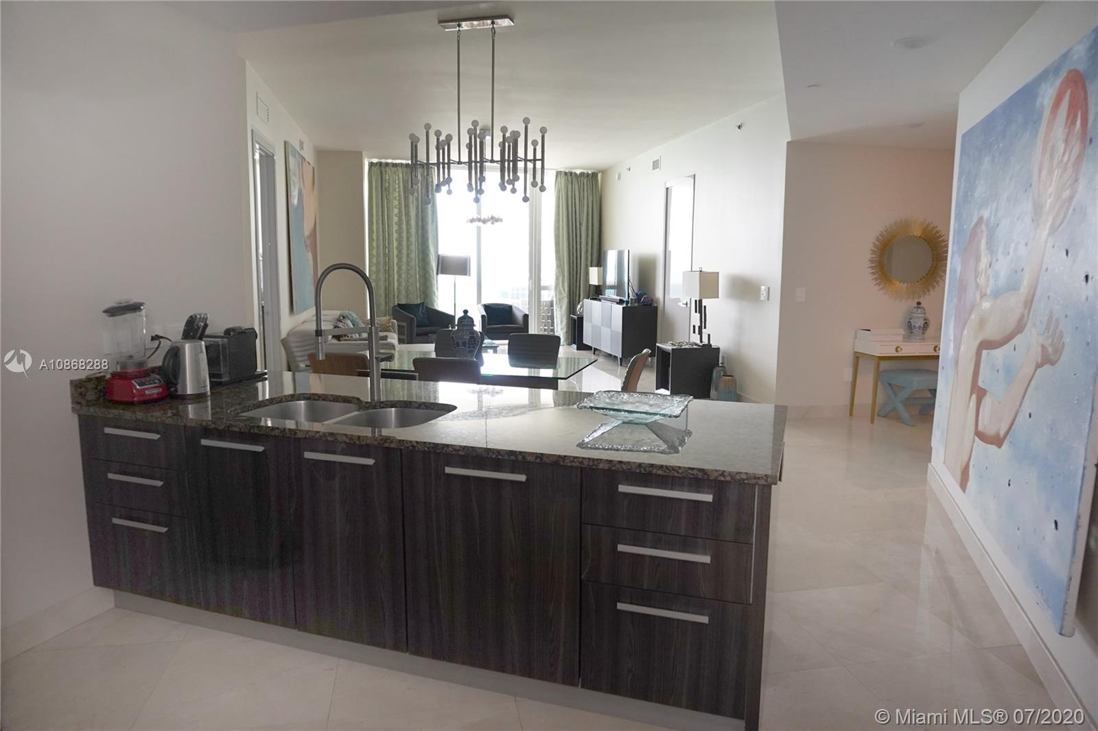 16001 Collins Ave #907 photo07
