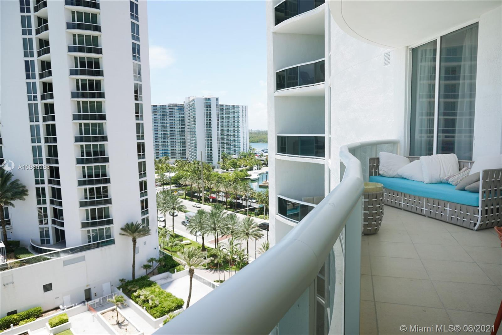 16001 Collins Ave #907 photo024
