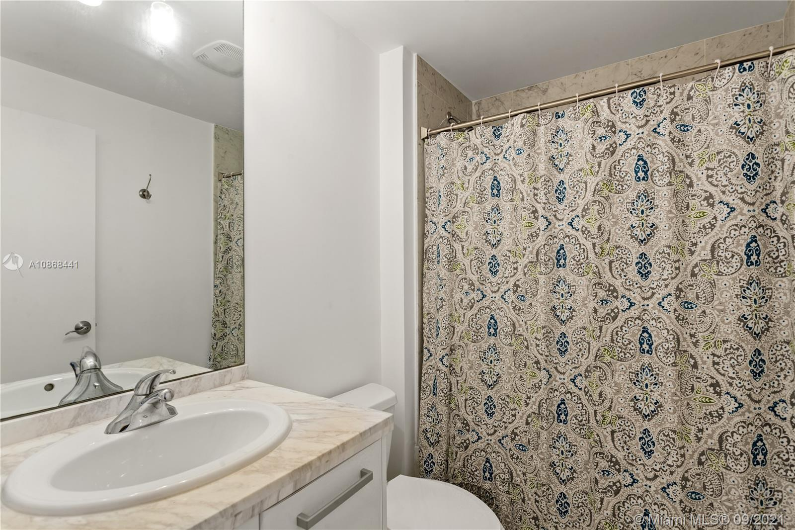 Photo of 253 NE 2nd St #1108 listing for Sale