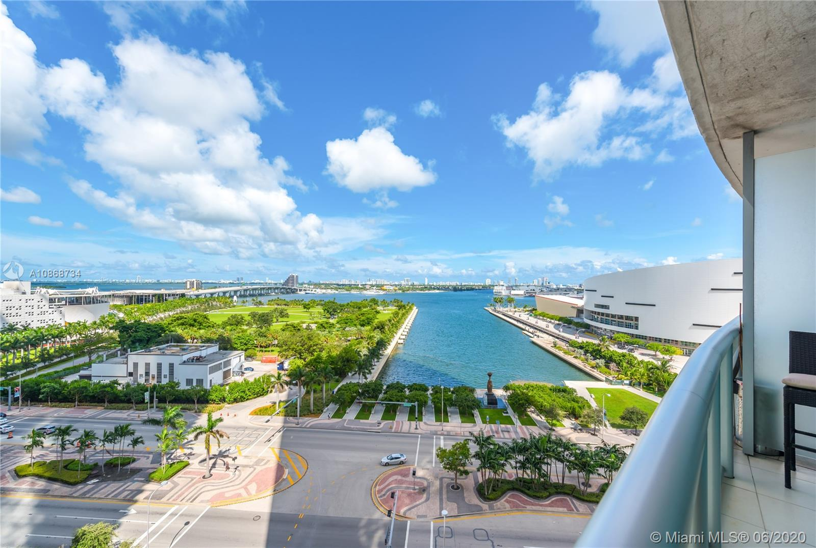 888 Biscayne Blvd #1112 photo031