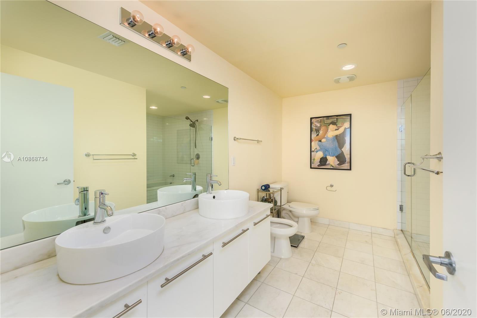 888 Biscayne Blvd #1112 photo08