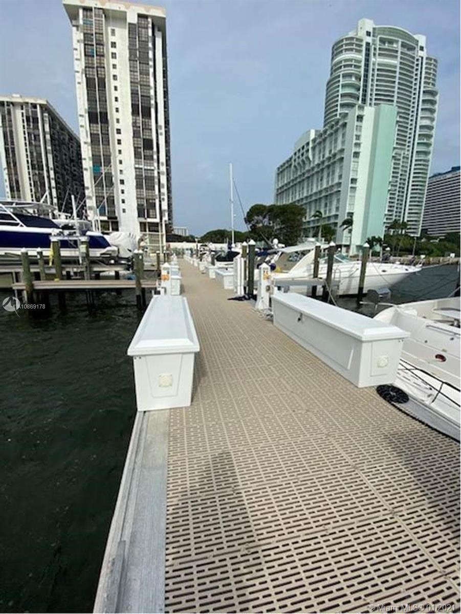 1915 Brickell Ave #CC1 photo012