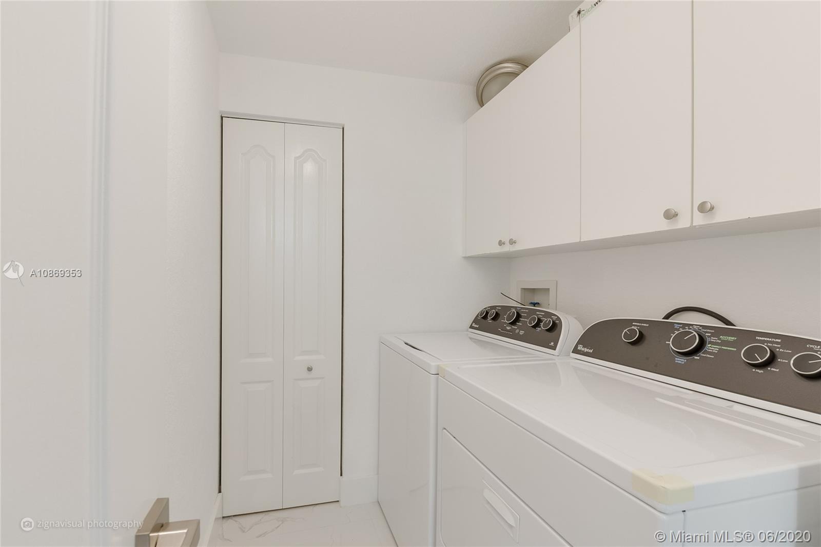 10720 NW 66 St #403 photo012