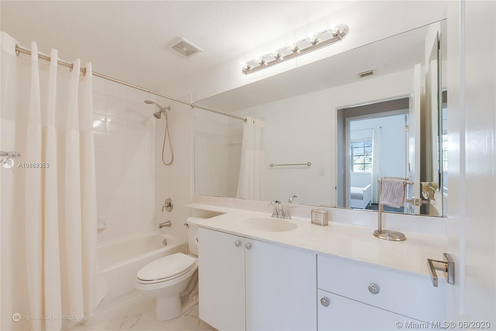 10720 NW 66 St #403 photo011