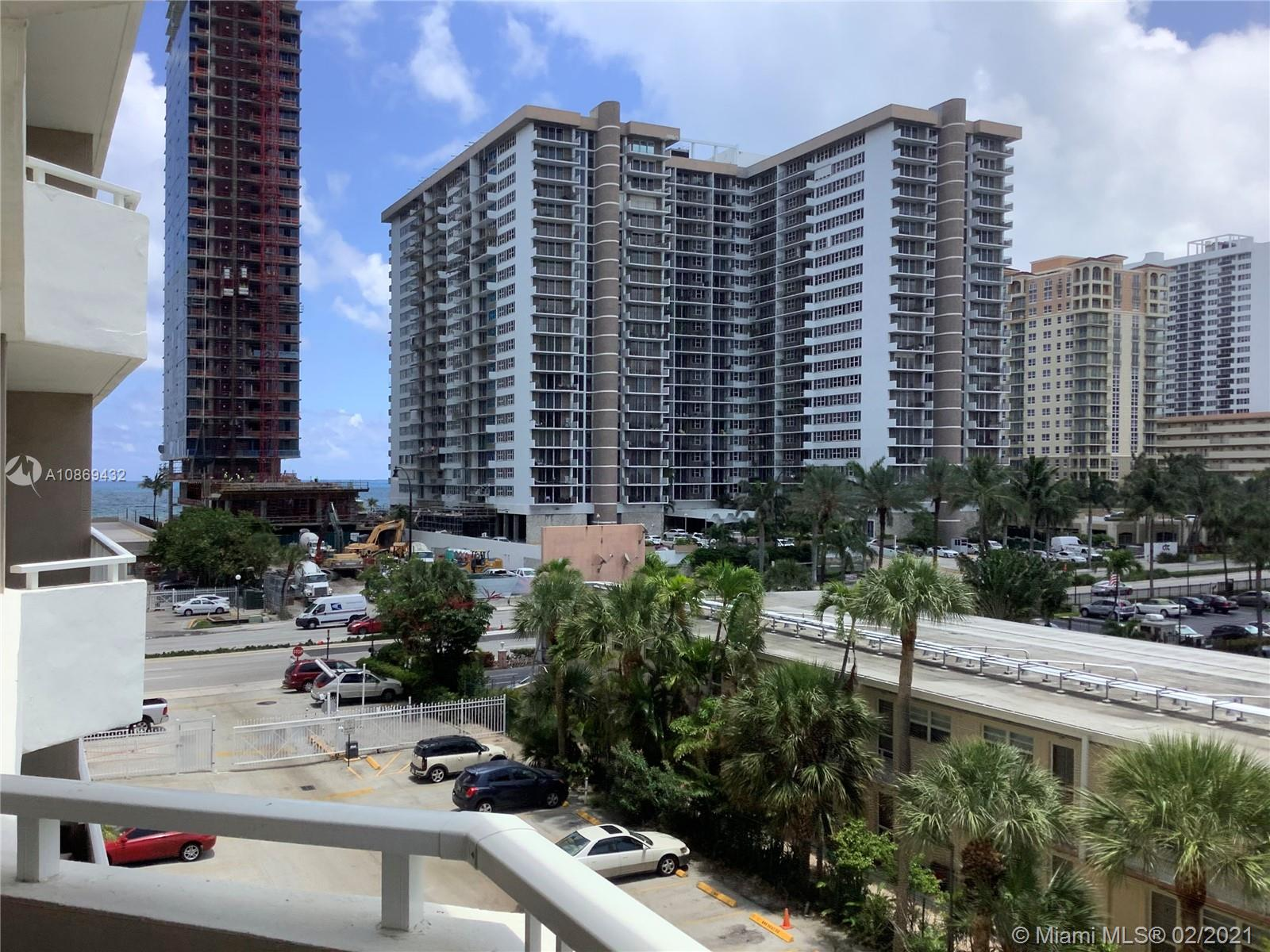 The Hemispheres Four #3A - 1985 S Ocean Dr #3A, Hallandale Beach, FL 33009