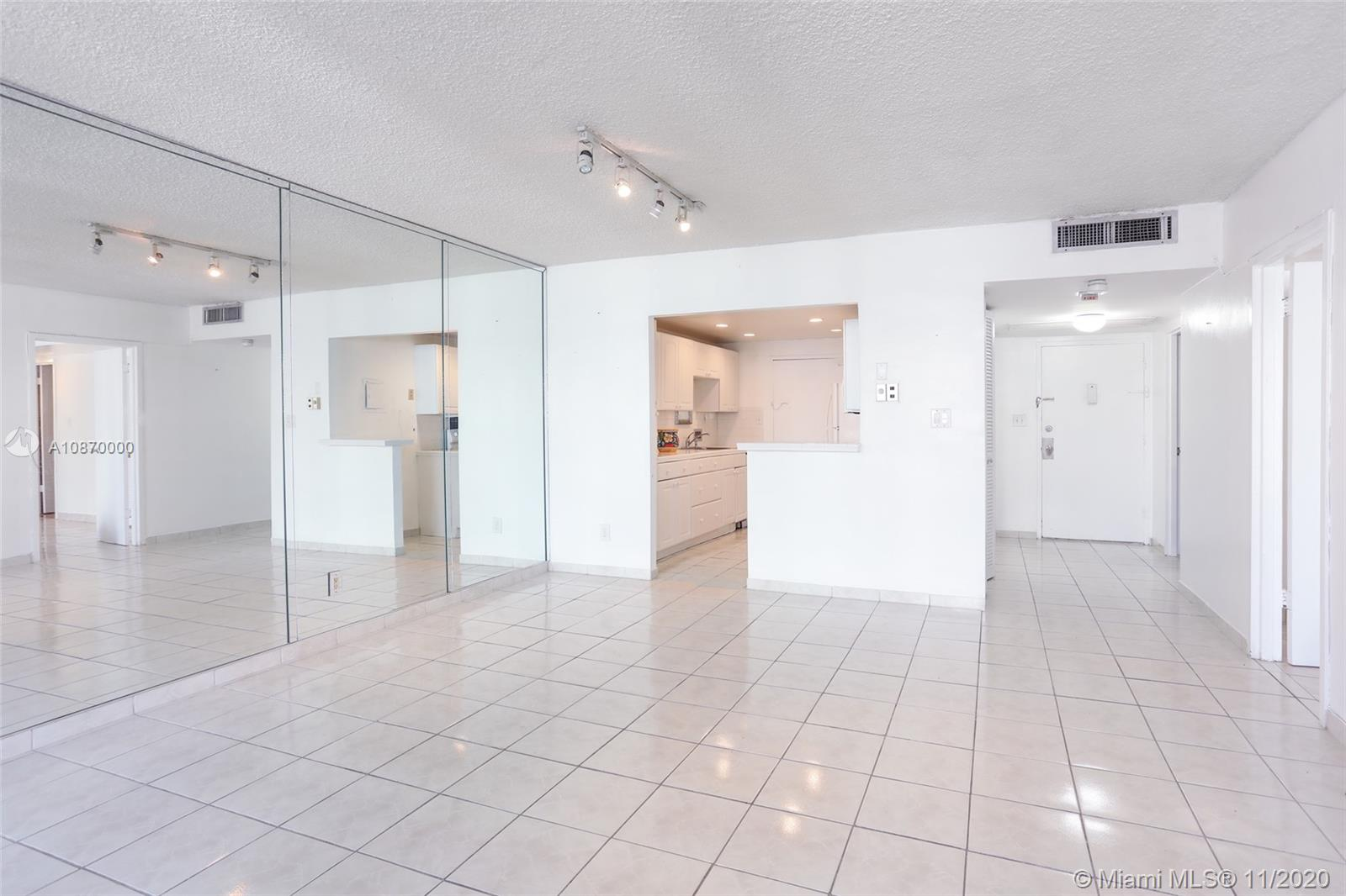 5401 Collins Ave #511 photo06