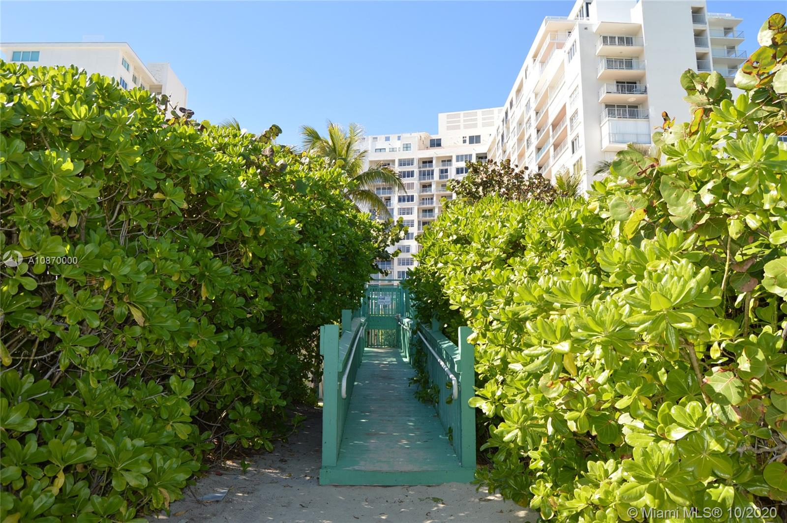 5401 Collins Ave #511 photo052
