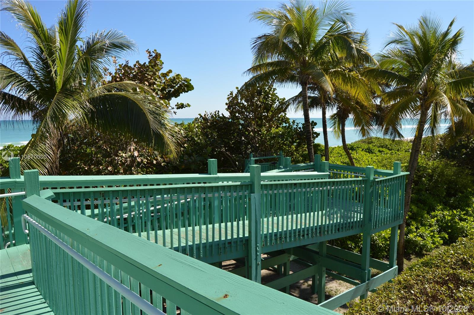 5401 Collins Ave #511 photo042