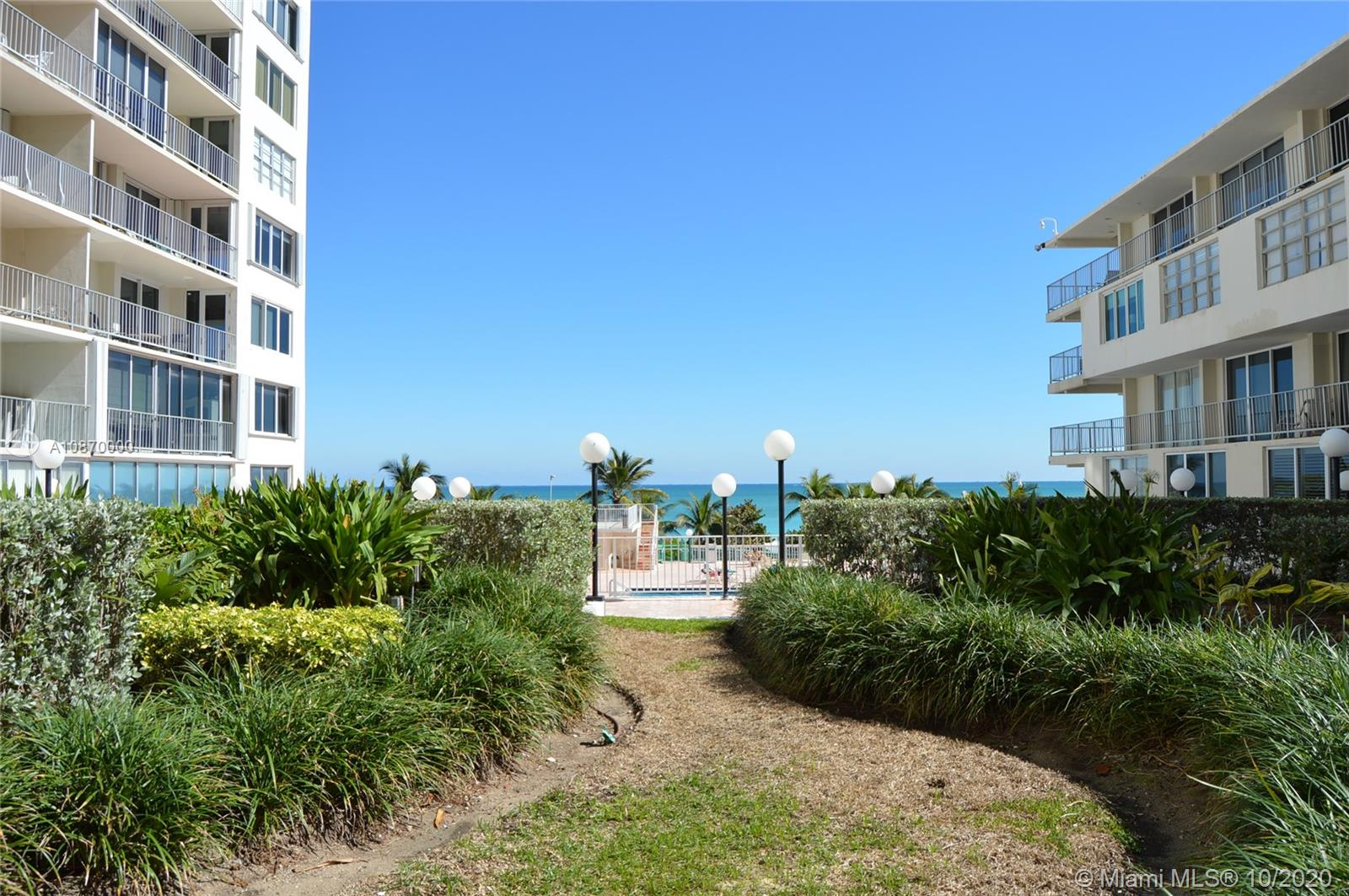 5401 Collins Ave #511 photo036