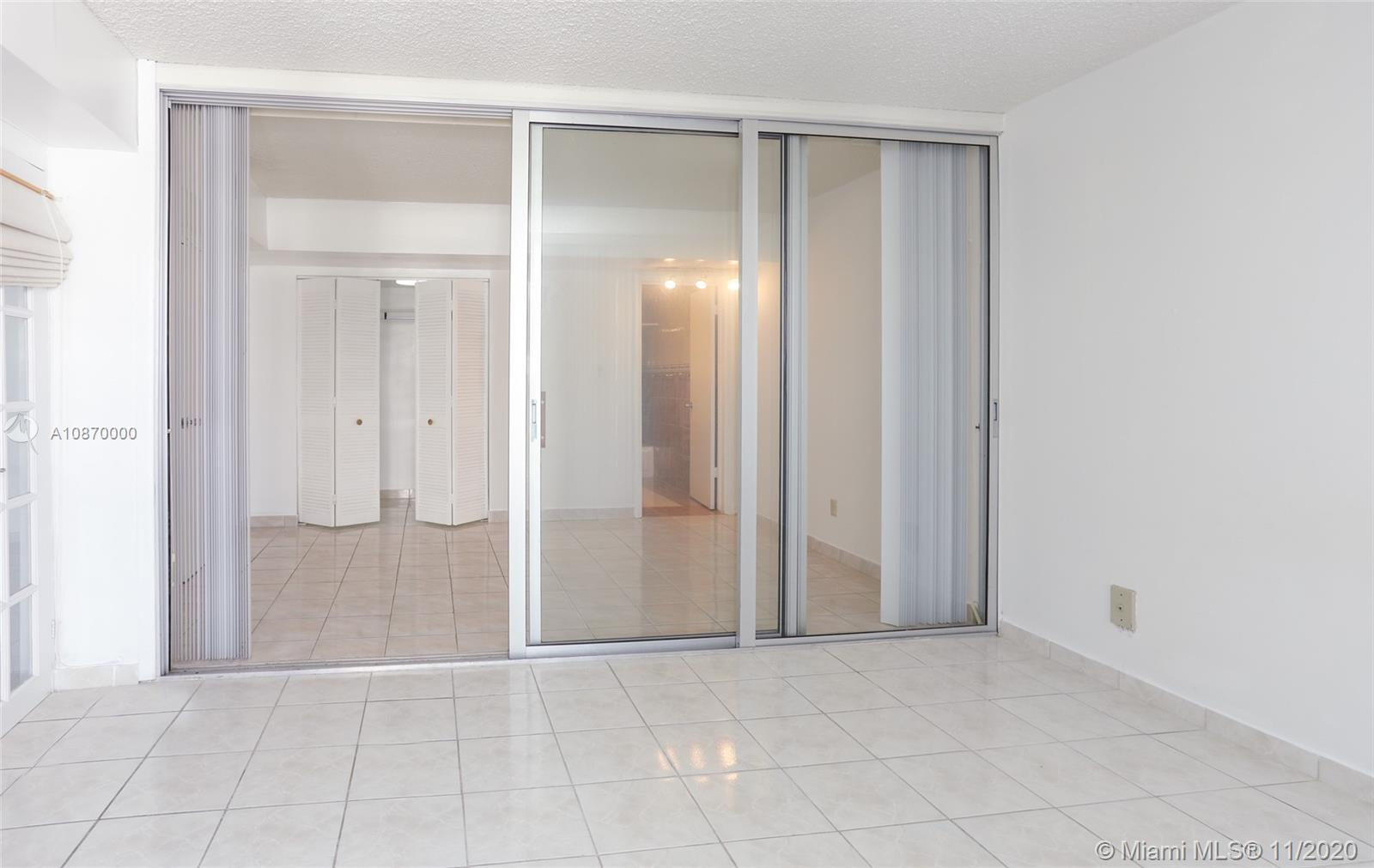 5401 Collins Ave #511 photo09