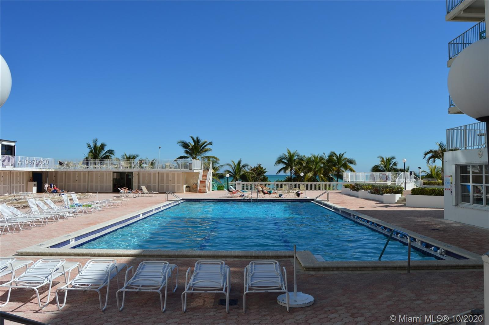 5401 Collins Ave #511 photo037