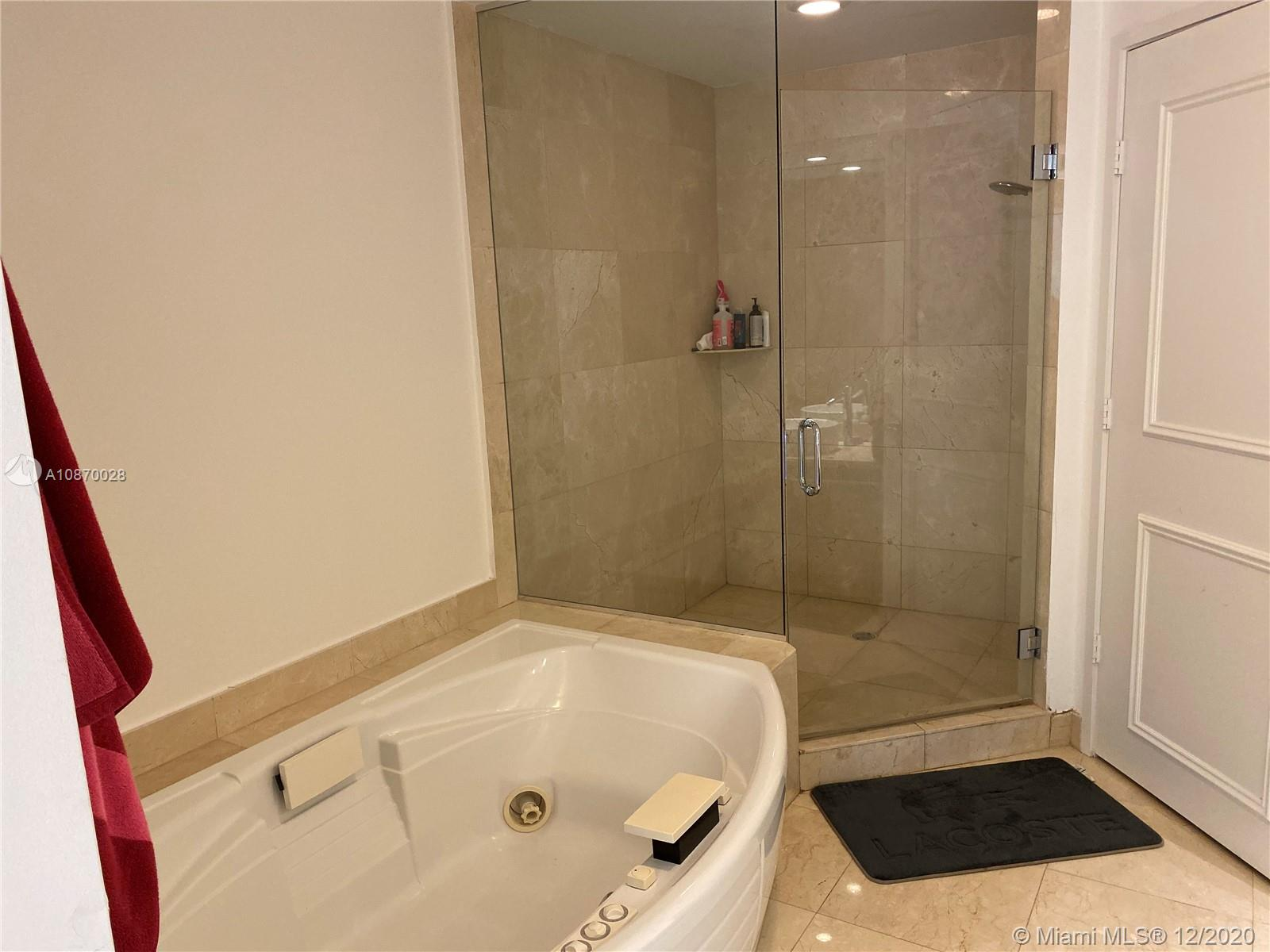 16275 Collins Ave #1802 photo08