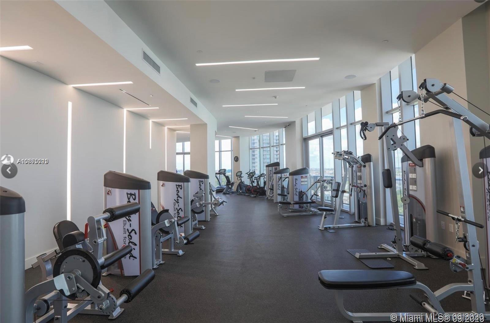 Photo of 488 NE 18th St #4610 listing for Sale